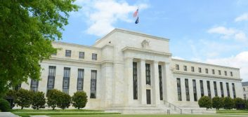 Fed chair: Gradual rate increases 'best way forward'
