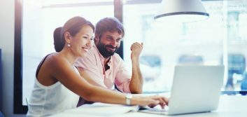 4 easy ways to get on your co-worker's good side