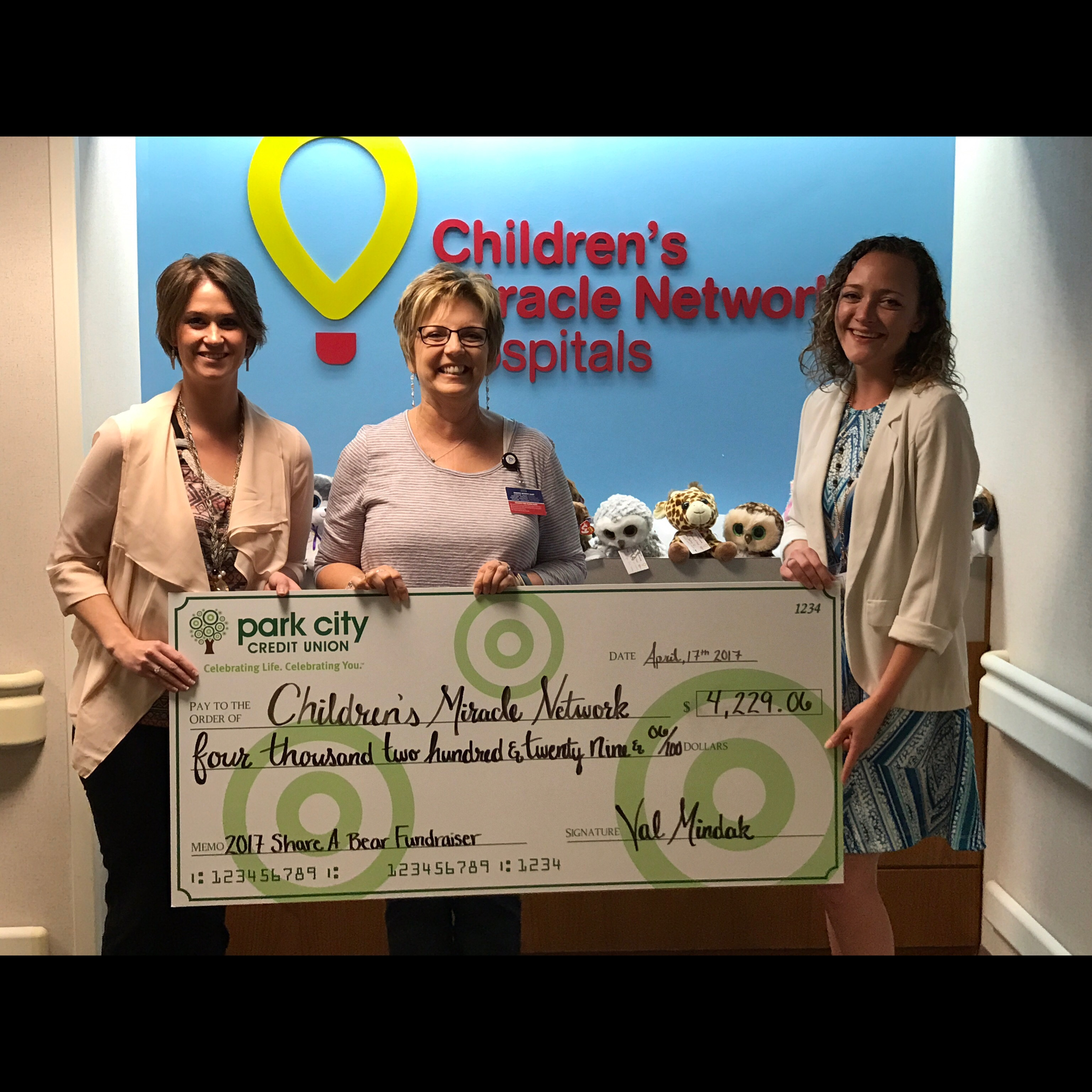 Park City Credit Union Raises Over 4 000 For Children S Miracle