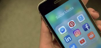 Minding your social media manners